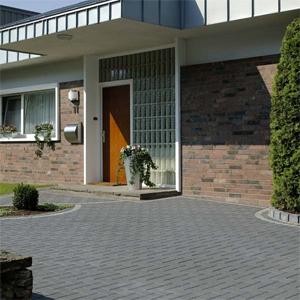Pflastersteine anthrazit garageneinfahrt  Gartengestaltung, Terrassengestaltung, in Köln, Bonn, Neuss ...