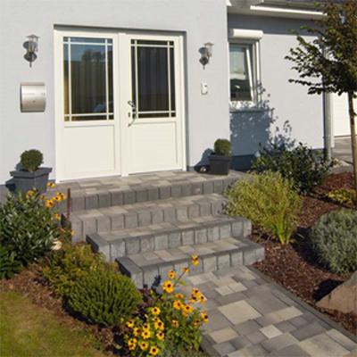 treppe aus pflastersteinen bauen gel nder f r au en. Black Bedroom Furniture Sets. Home Design Ideas